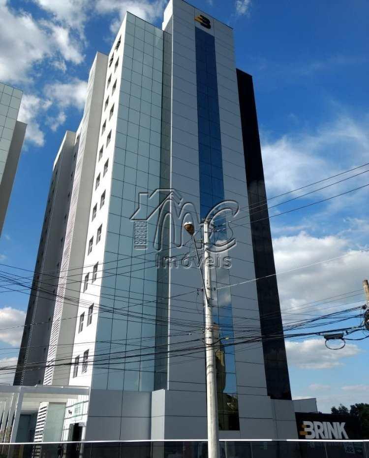 Edifício Black And White Business Center