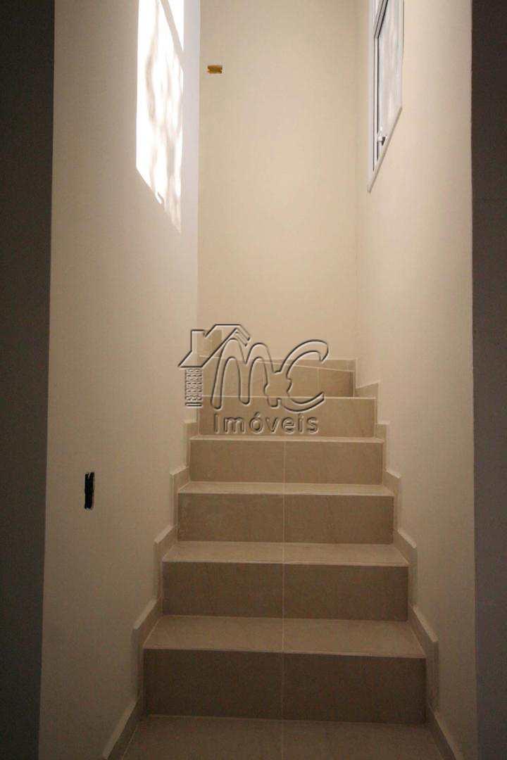 casa 2 dorm - escada