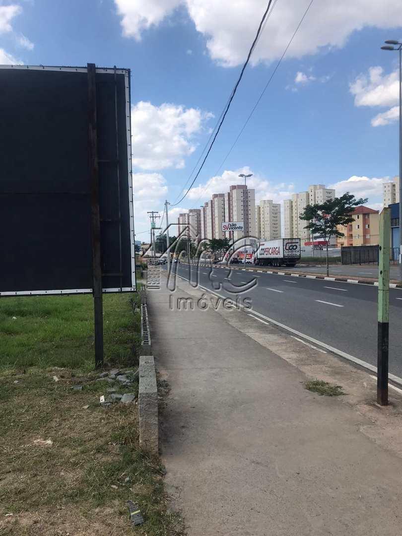 Terreno comercial de  865 m² no  Jardim Sorocabano.