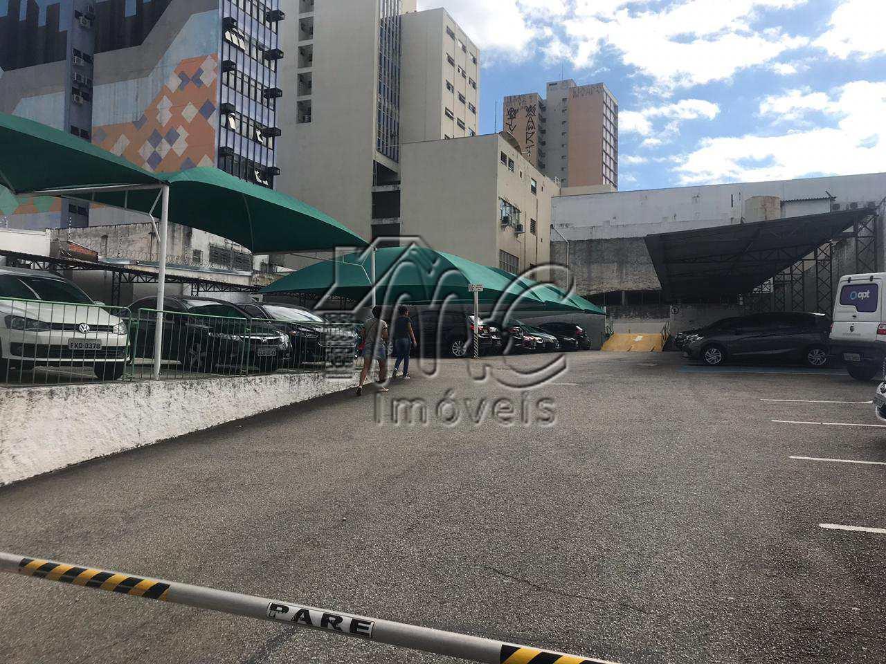 Área comercial de 3.000 m² no Centro de Sorocaba-SP.