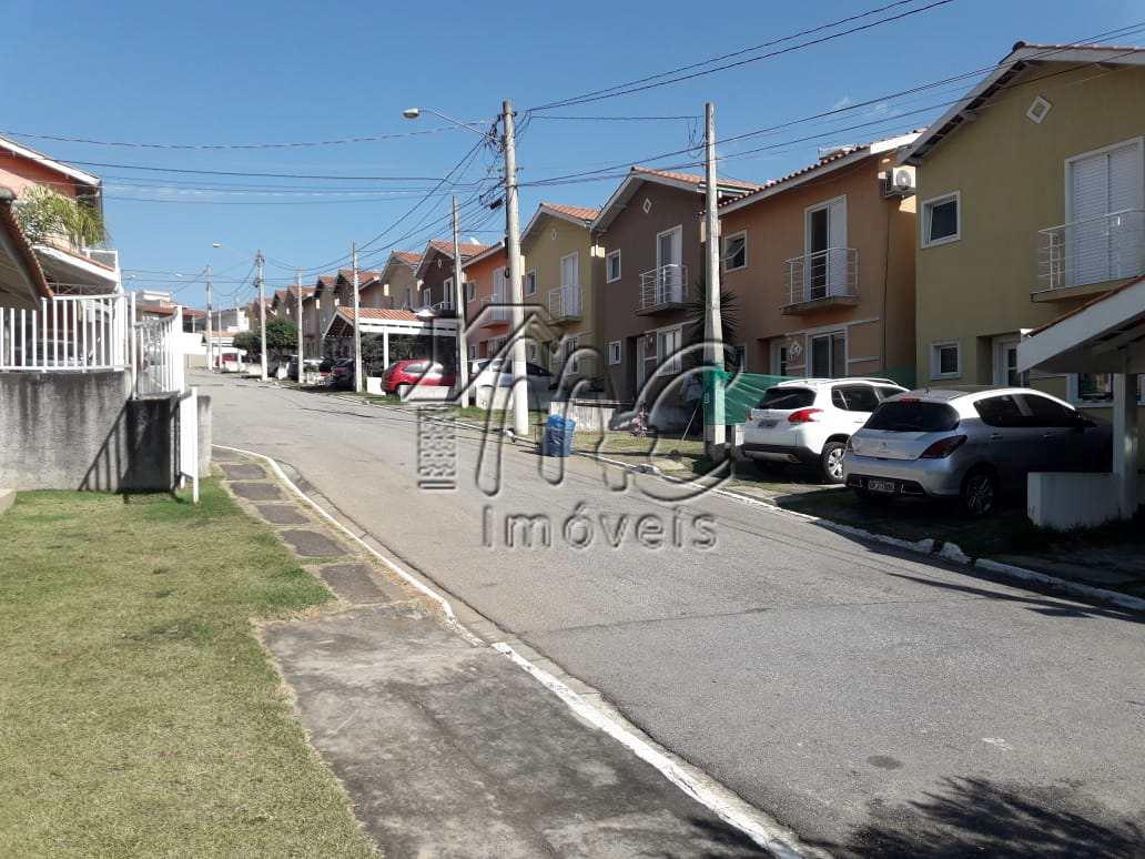 Casa em condomínio, com 3 dorms, Vila Haro, Sorocaba/SP.