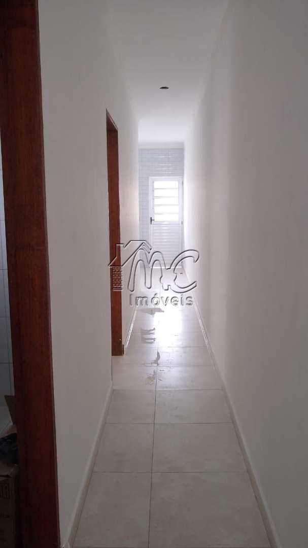 Casa com 2 dorms , quintal e 2 vagas, no Éden em Sorocaba-SP.