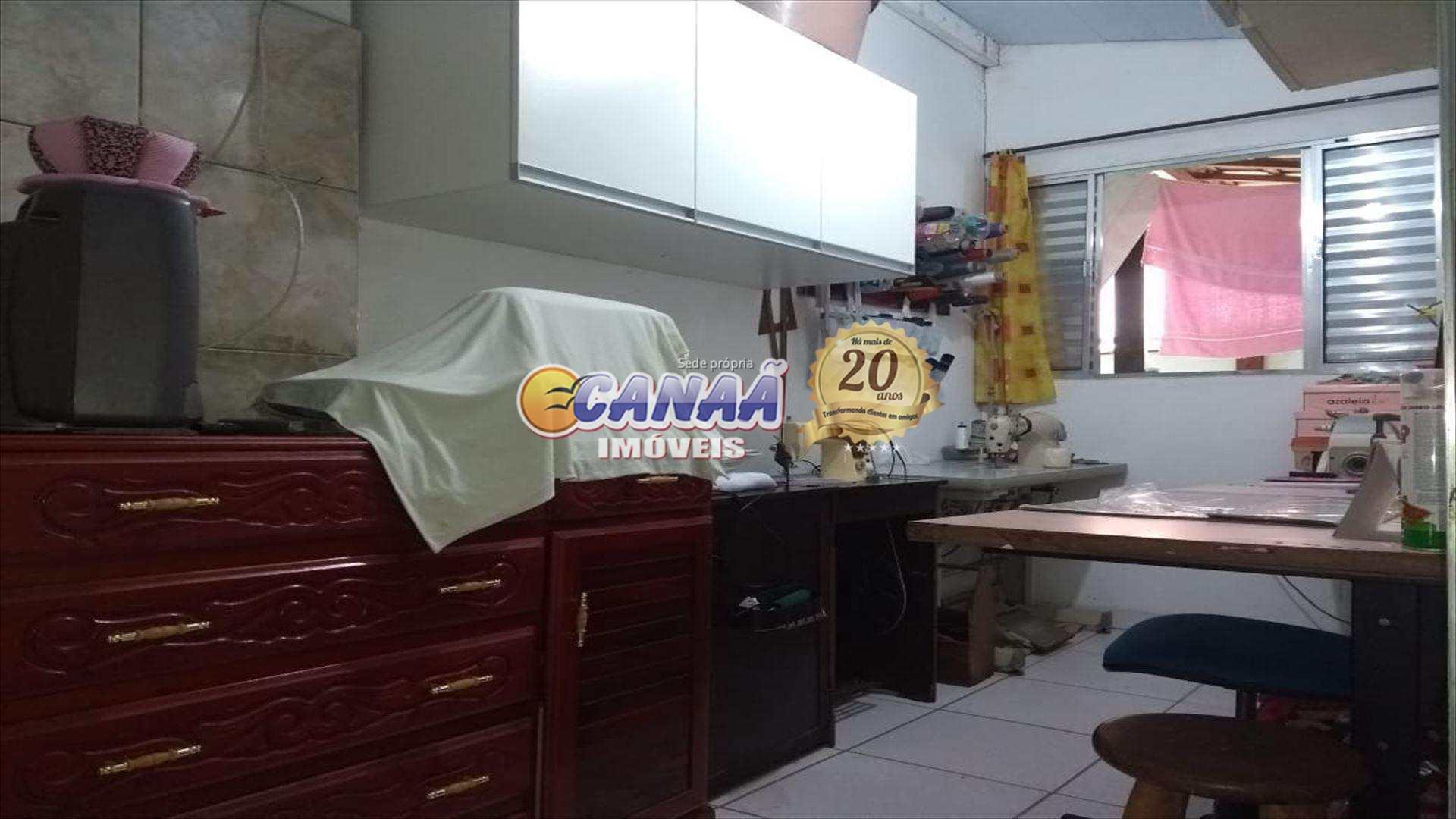 Casa com 2 dorms, Agenor de Campos, Mongaguá - R$ 200 mil, Cod: 7158