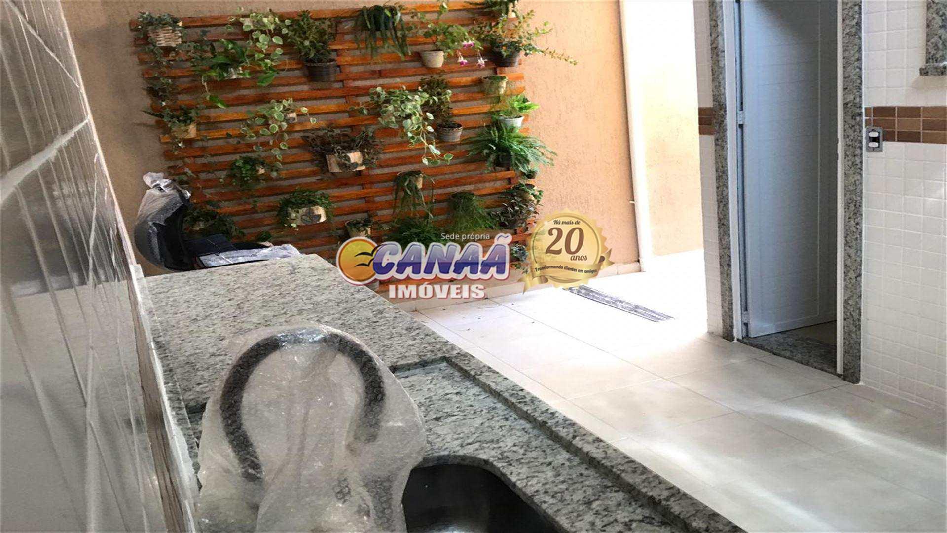 Casa com 2 dorms, Maracanã, Praia Grande - R$ 349 mil, Cod: 7053