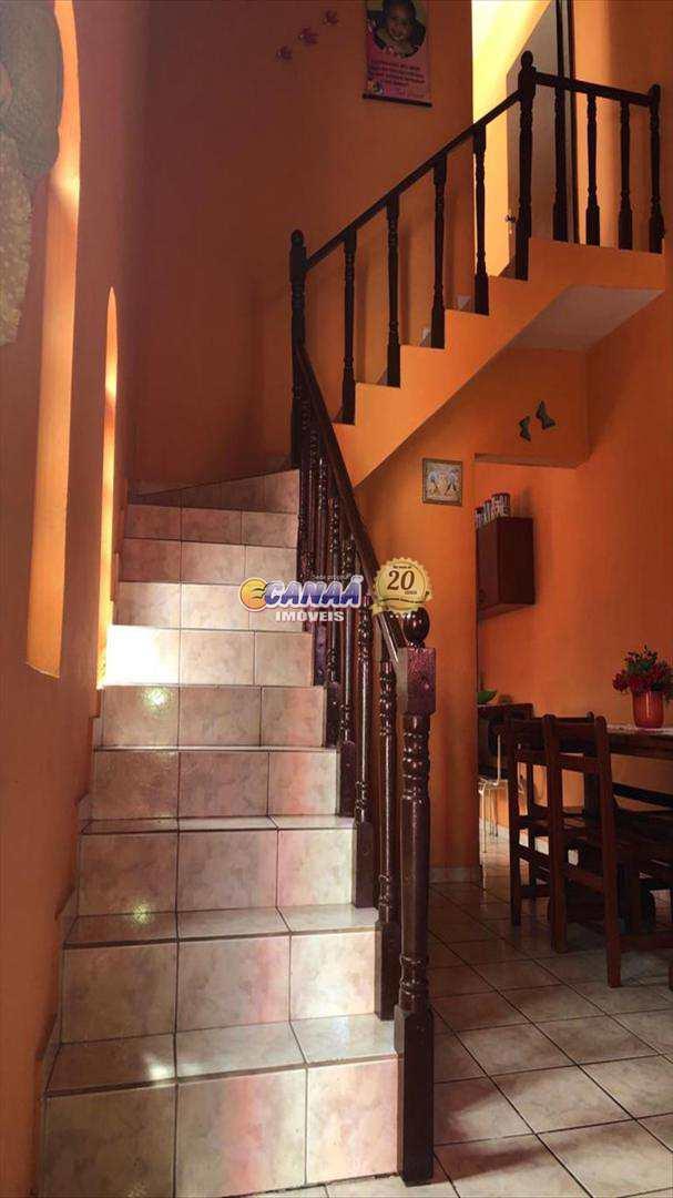 Casa com 2 dorms, Balneário Plataforma, Mongaguá - R$ 235 mil, Cod: 6879