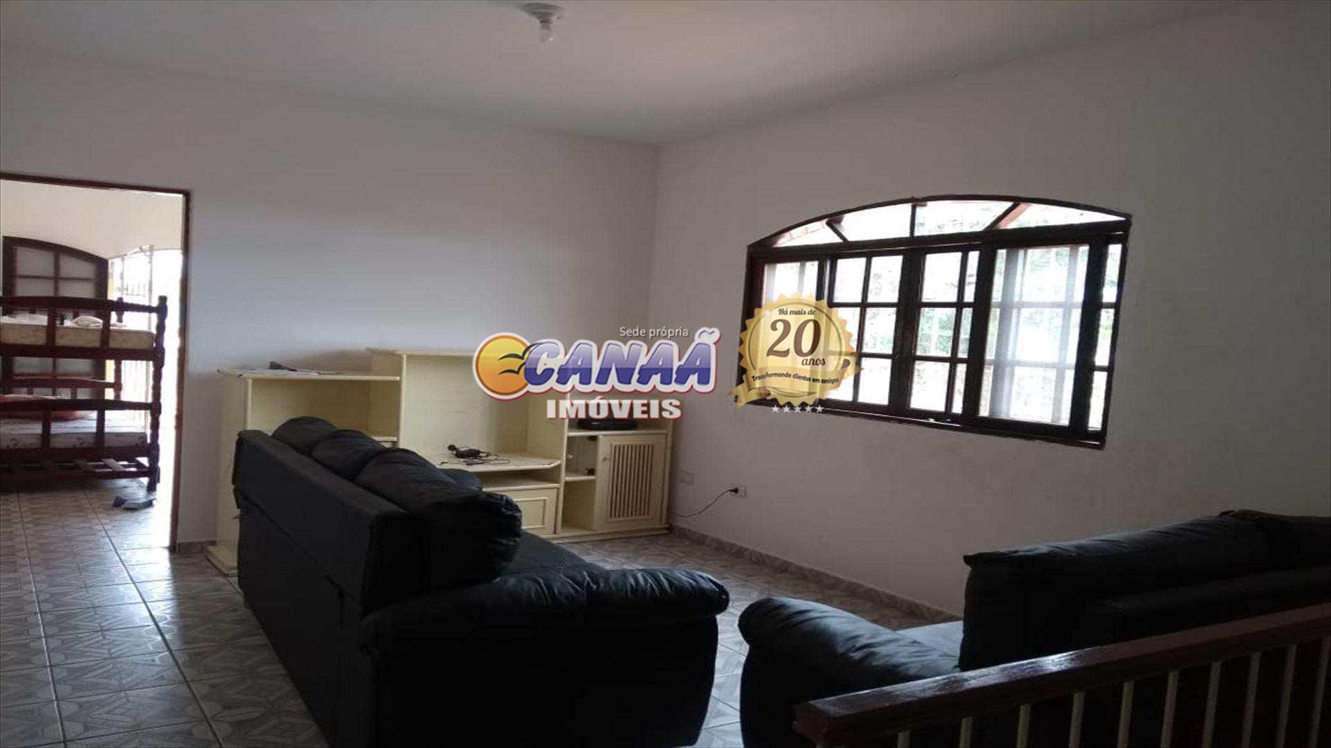 Sobrado com 3 dorms, Balneário Itaguai, Mongaguá - R$ 220 mil, Cod: 6852