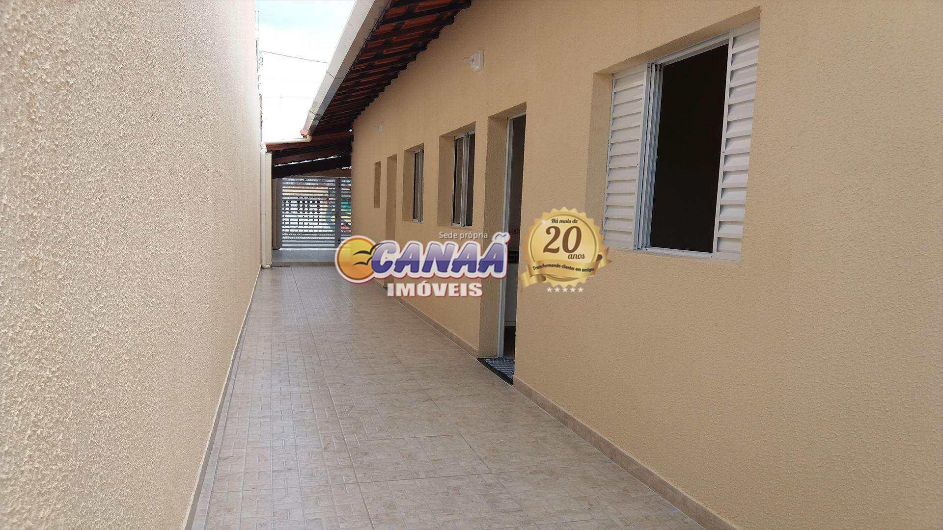 Casa com 2 dormitórios em Mongaguá - R$ 240 mil, Cod: 6688