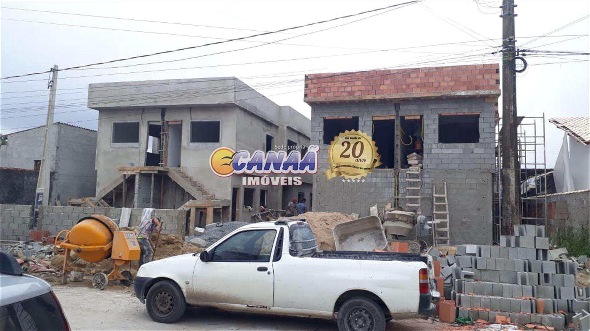 Casa sobreposta alta em Itanhaém à venda!!!