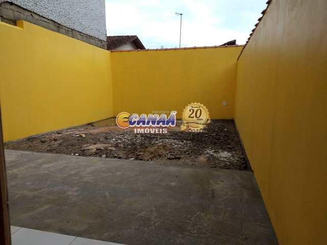 Belo Sobrado em Mongaguá, 2 suítes, ótimo acabamento REF 6599