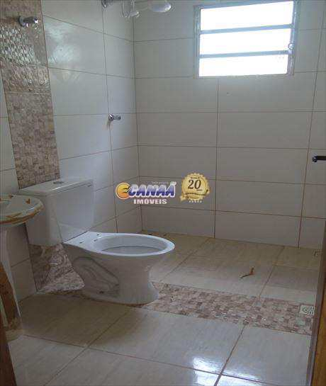 Casa em Mongaguá com 2 dormitórios REF 6089