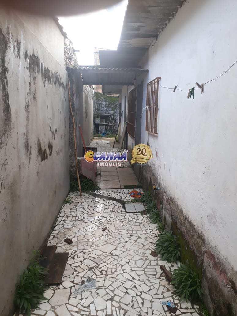 Casa com 2 dorms, Balneário Jussara, Mongaguá - R$ 138 mil, Cod: 5743