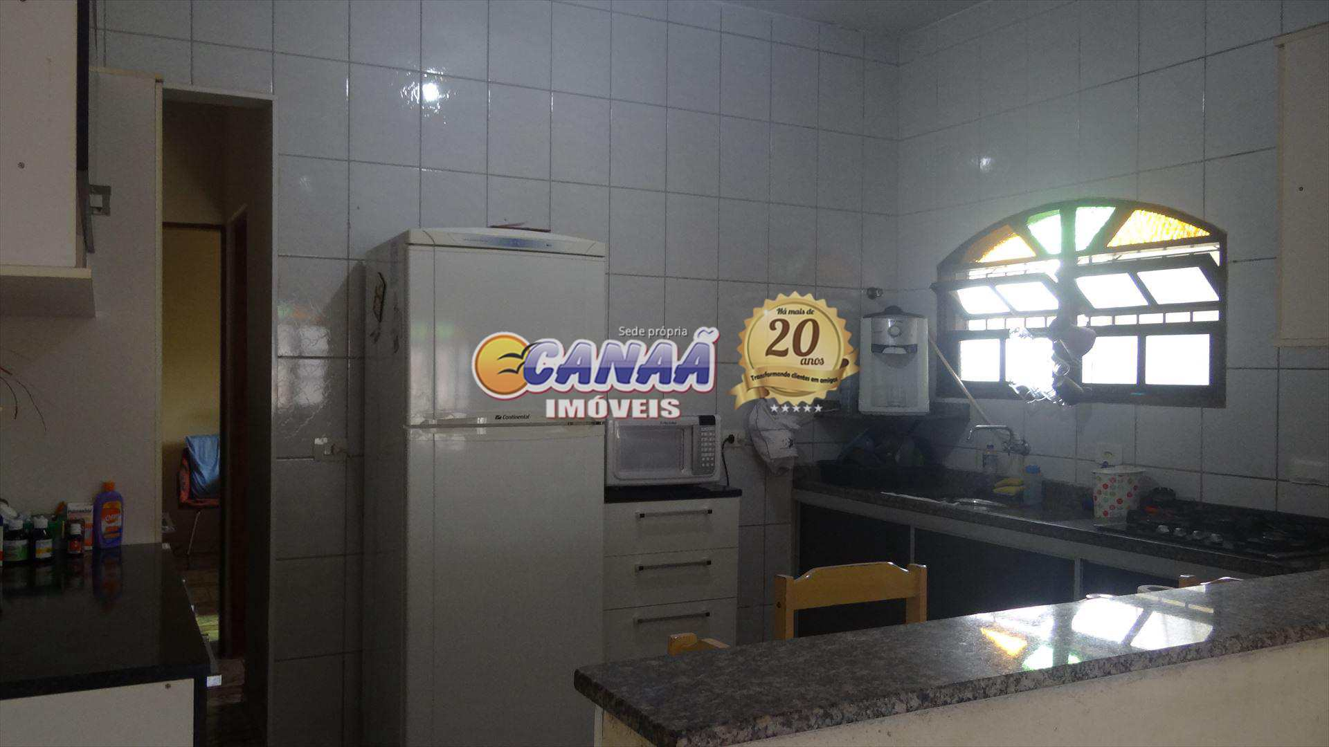 Sobrado com 3 dorms, Agenor de Campos, Mongaguá - R$ 230 mil, Cod: 5748