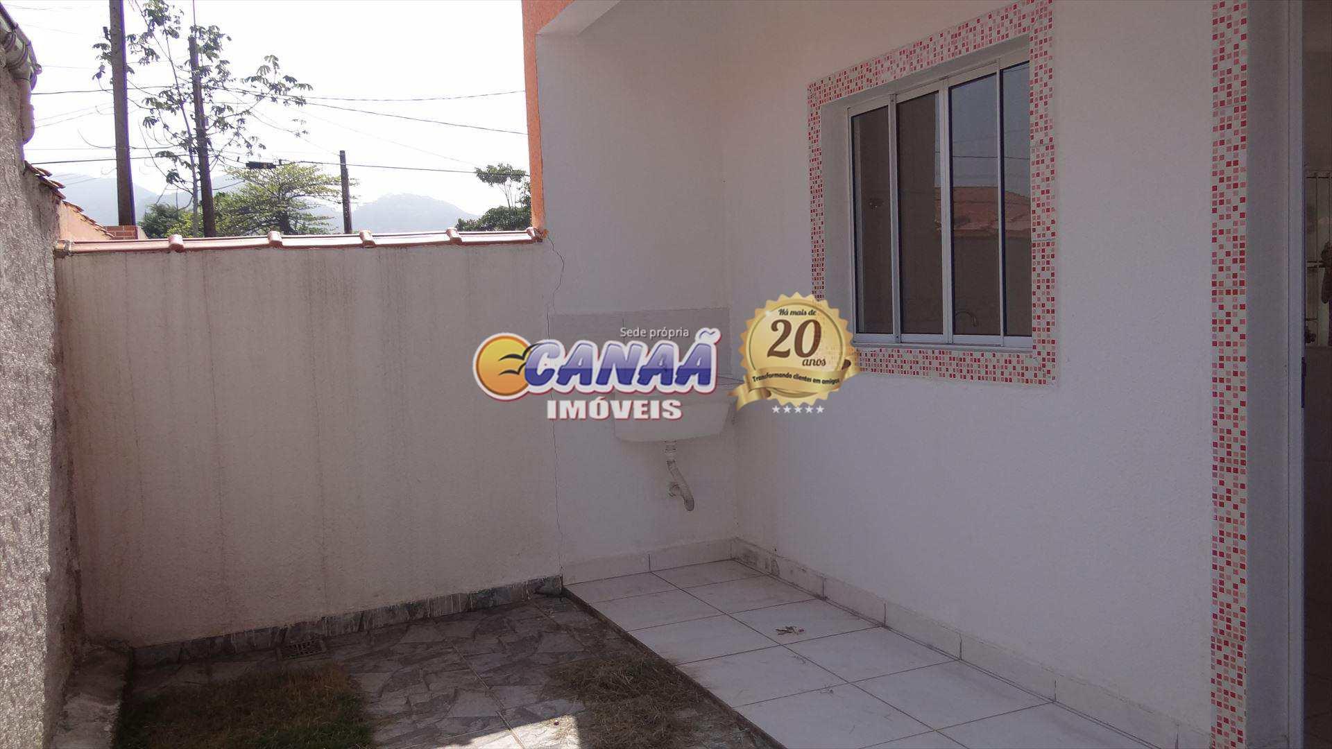 Casas em Mongaguá perto do mercado Cuca .