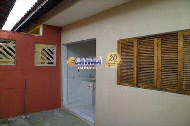 Casa com 3 dormitórios em  Mongaguá - R$ 175 mil, Cod: 4842