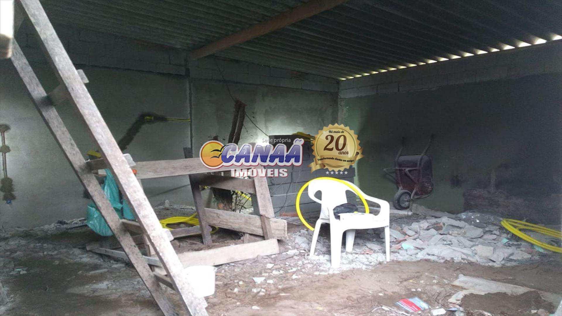 Casa com 3 dorms, Balneário Itaguai, Mongaguá - R$ 400 mil, Cod: 4383
