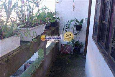 Sobrado com 3 dorms, Agenor de Campos, Mongaguá - R$ 250 mil, Cod: 2081