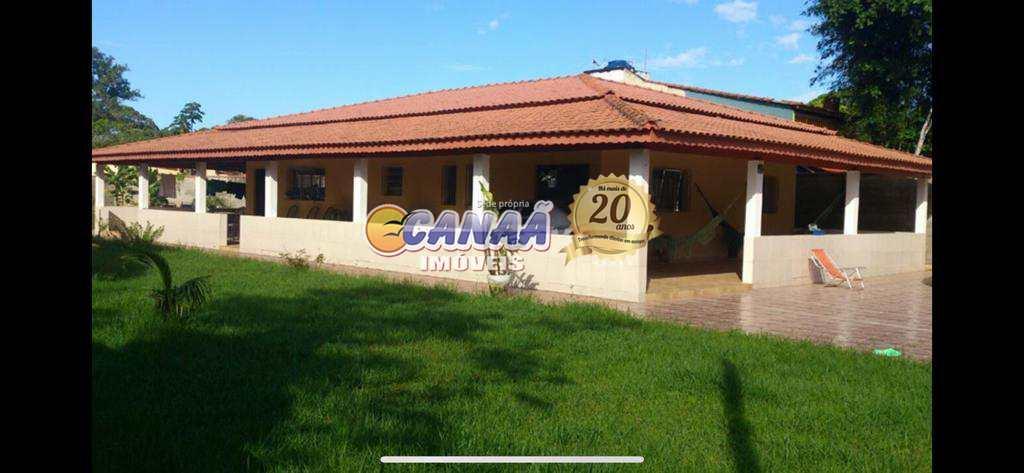 Chácara com 3 dorms, itaguai, Mongaguá - R$ 400 mil, Cod: 7254