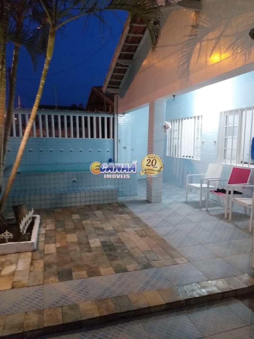Casa com 4 dorms, Agenor de Campos, Mongaguá - R$ 320 mil, Cod: 7348