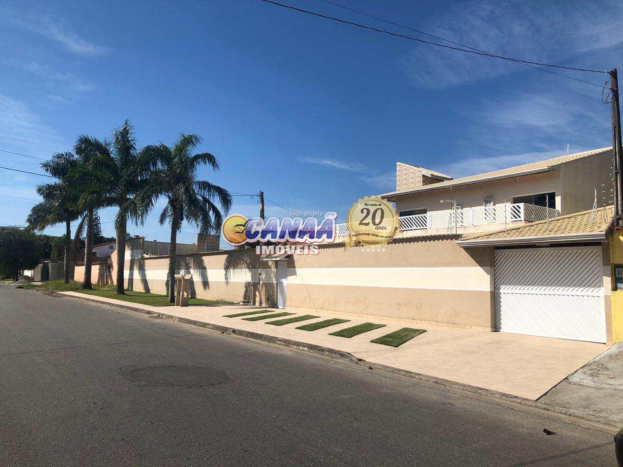 Casa com 3 dormitórios em Itanhaém R$ 650 mil -  Cod: 7372