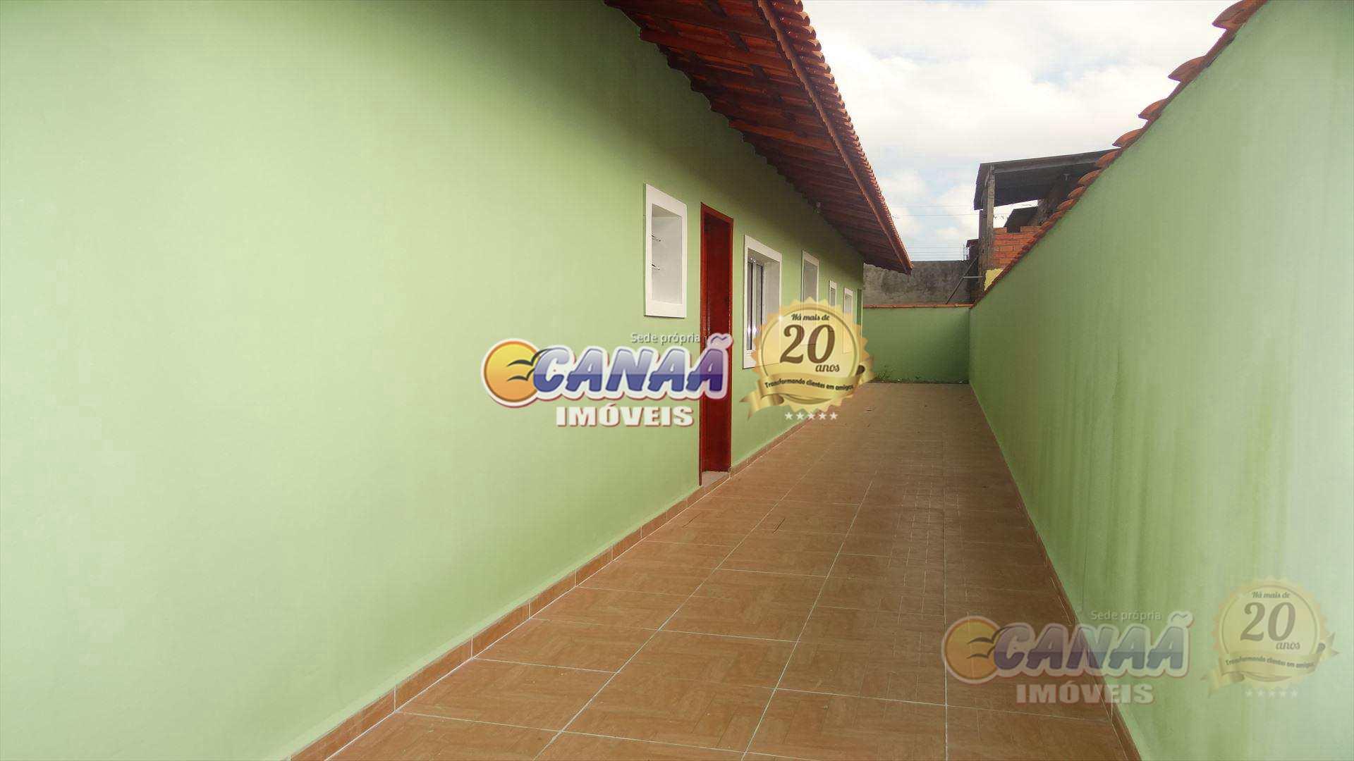 Casa com 2 dorms em Mongaguá - R$ 189 mil,