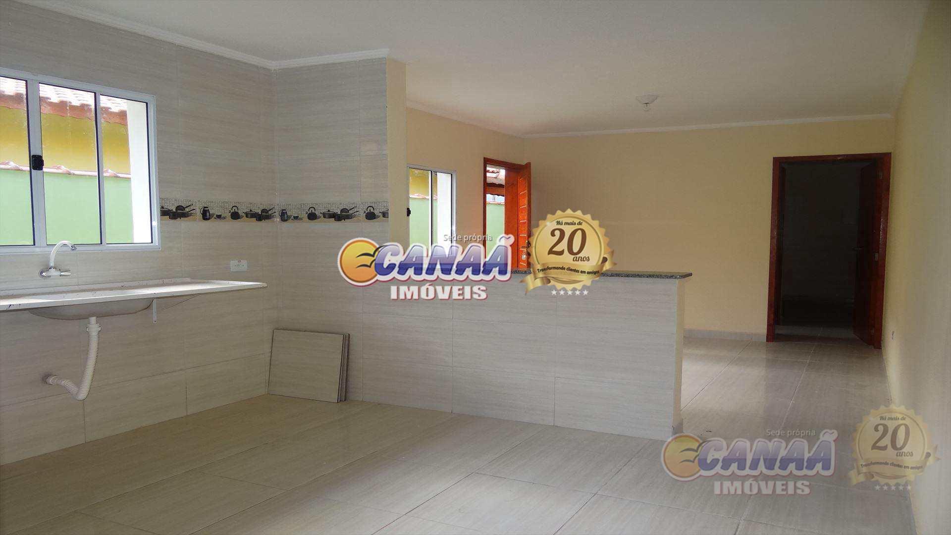 Casa com 2 dorms suíte em Mongaguá - R$ 189 mil