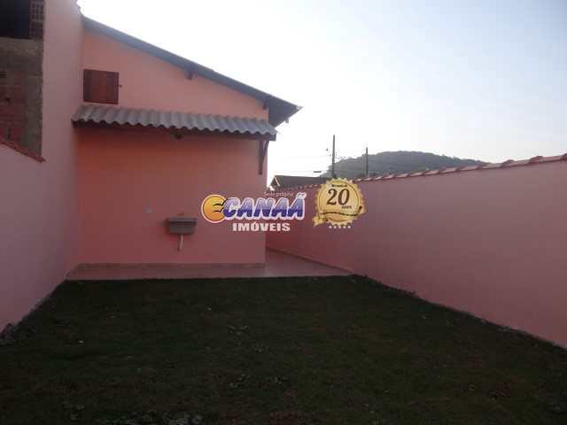 Casa com 2 dormitórios na praia  em Mongaguá