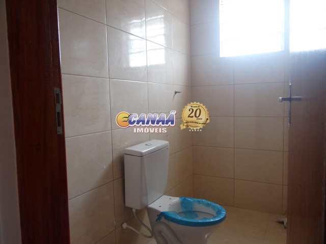 Sobrado com 2 dormitórios em  Mongaguá - R$ 220 mil, Cod: 7593