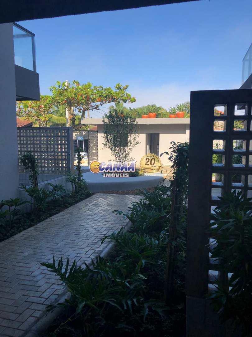 Casa de Condomínio com 2 dorms, Jardim Suarão, Itanhaém - R$ 299 mil, Cod: 7654