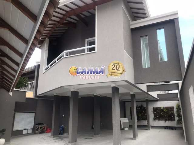 Sobrado com 2 dorms na Praia Grande  R$ 215 mil Cod: 7731