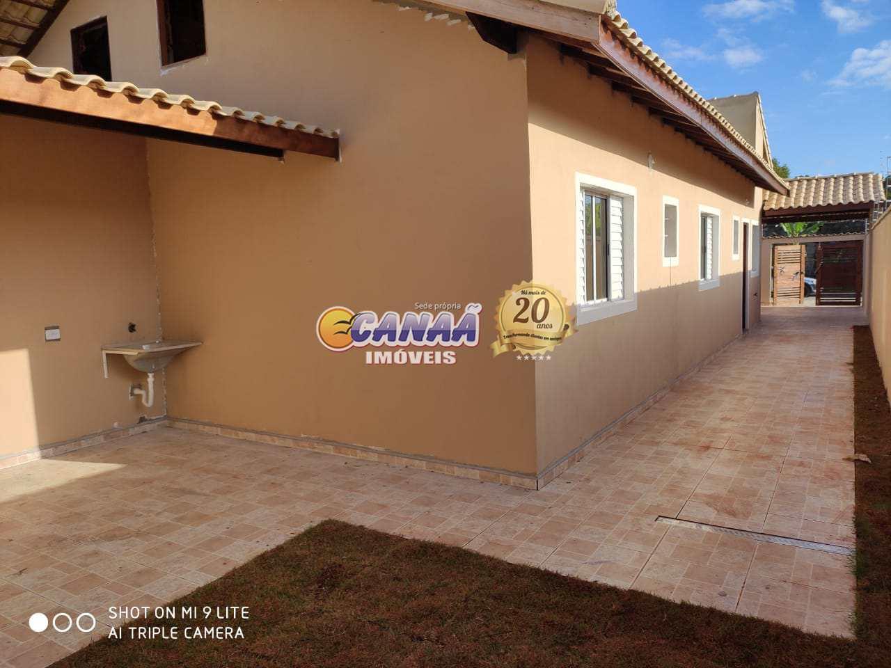 Casa linda em Itanhaém use seu FGTS  R$ 170 mil, Cod: 7807