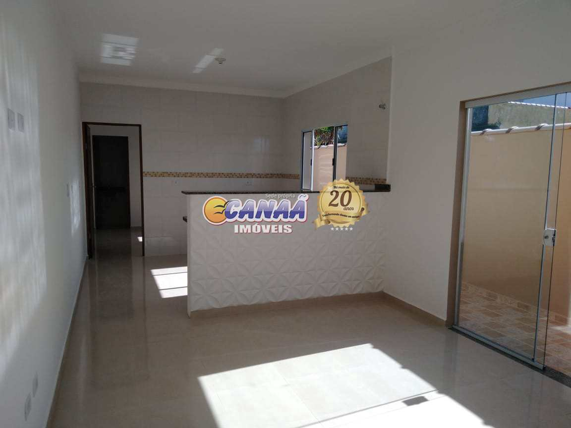Casa com piscina na praia Itanhaém use seu FGTS .