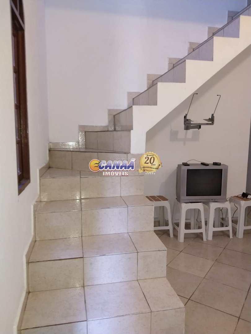 Sobrado com 4 dorms, Agenor de Campos, Mongaguá - R$ 270 mil, Cod: 8071