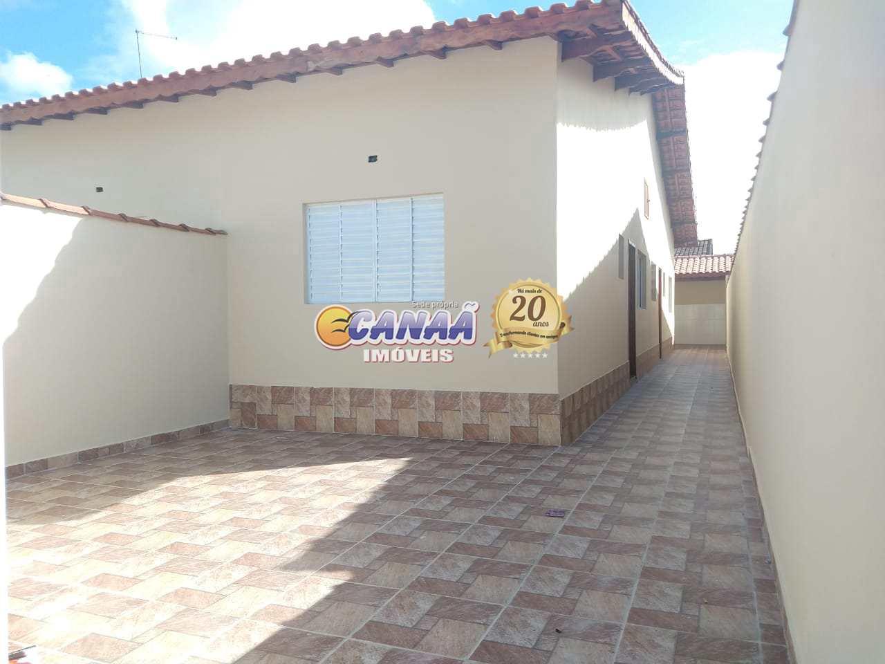 Casa em Mongaguá 2 dormitórios, suíte, financie