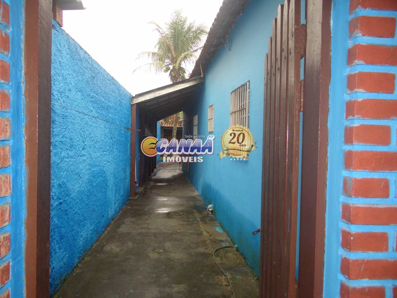 Casa em Mongaguá lado praia .