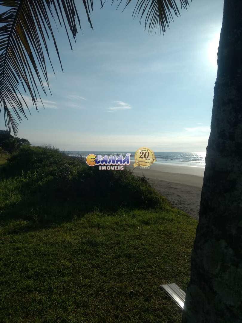 Casa com 3 dorms, Jardim Santa Terezinha, Itanhaém - R$ 250 mil, Cod: 8255