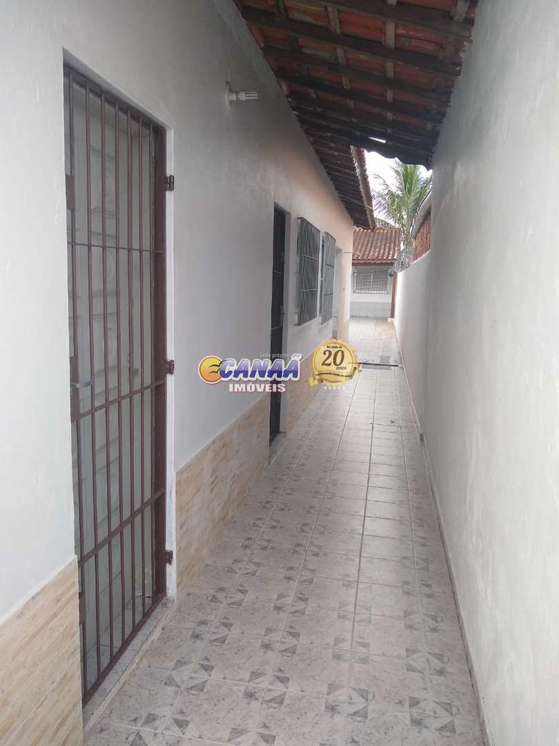 Casa com 2 dorms, Balneário Itaguai, Mongaguá - R$ 230 mil, Cod: 8324