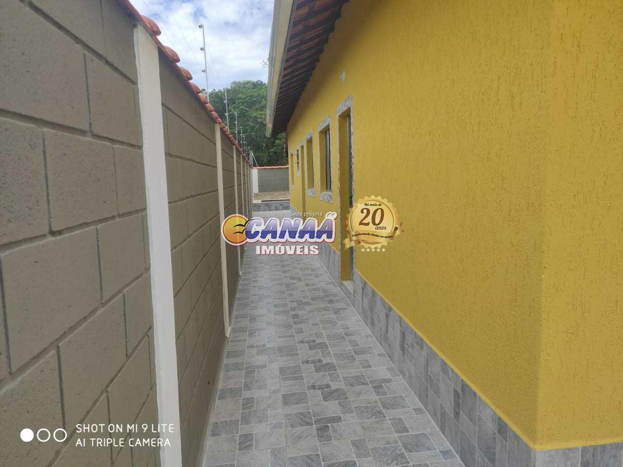 Casa com piscina em Itanhaém use seu FGTS R$ 240 mil
