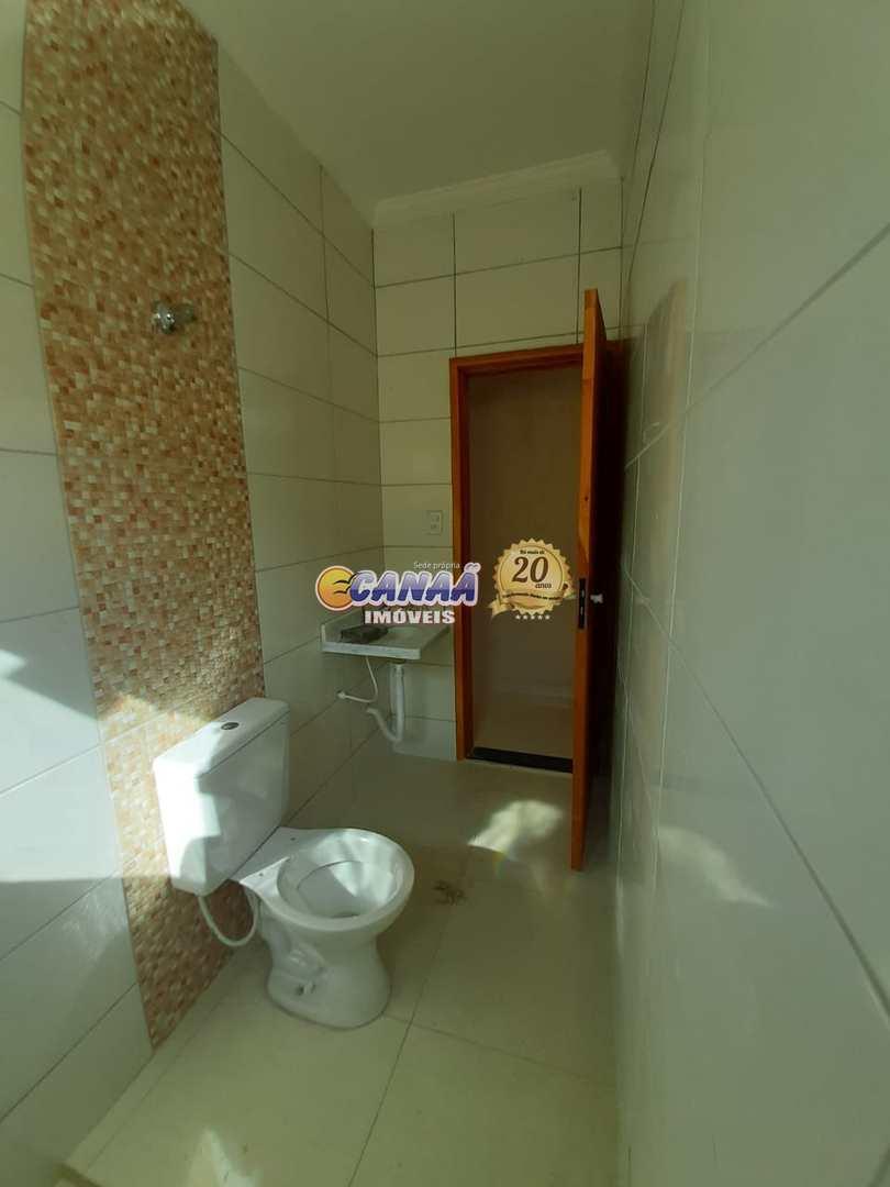 Casa nova , com cômodos espaçosos R$ 230 mil .