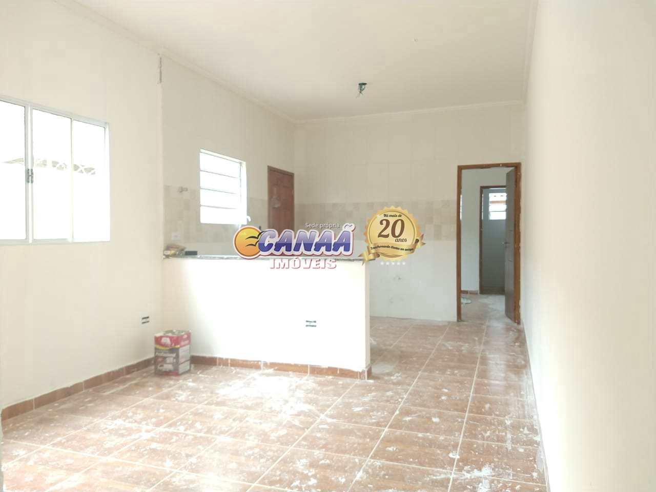 Casa com Piscina em Mongaguá - R$ 269 mil, Cod: 8366