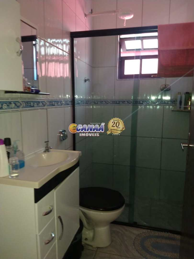 Casa com piscina na praia de Mongaguá! Cod: 8458