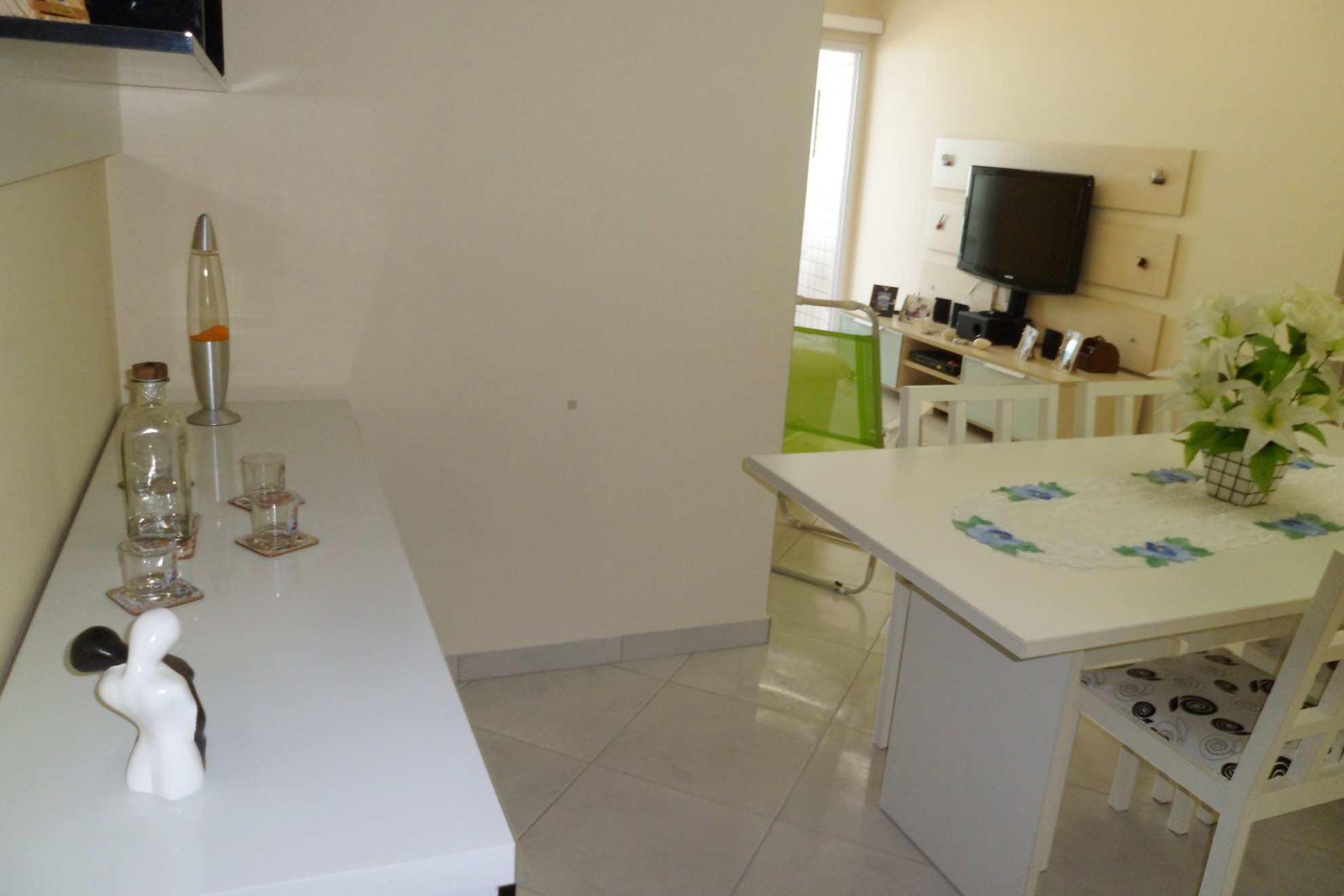 02-Apartamento- 02 dormitórios- Aviação- Praia Grande