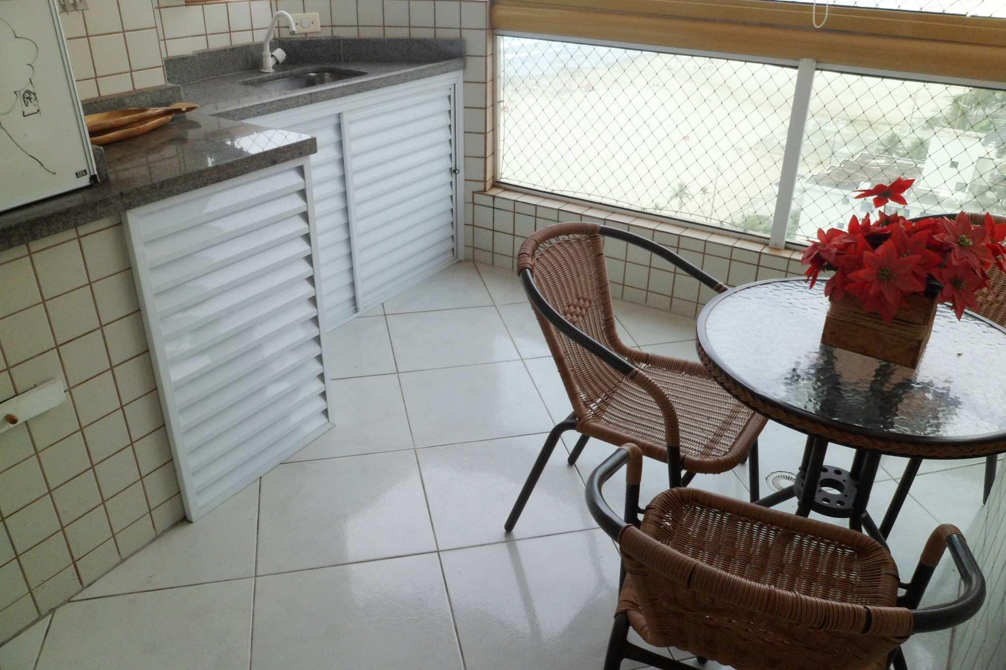 07-Apartamento- 02 dormitórios- Aviação- Praia Grande
