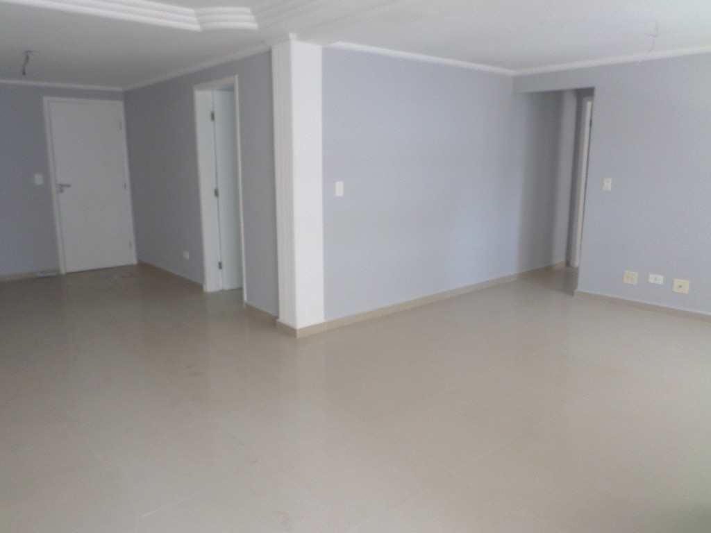 04-Cobertura- 05 dormitórios- Forte- Praia Grande