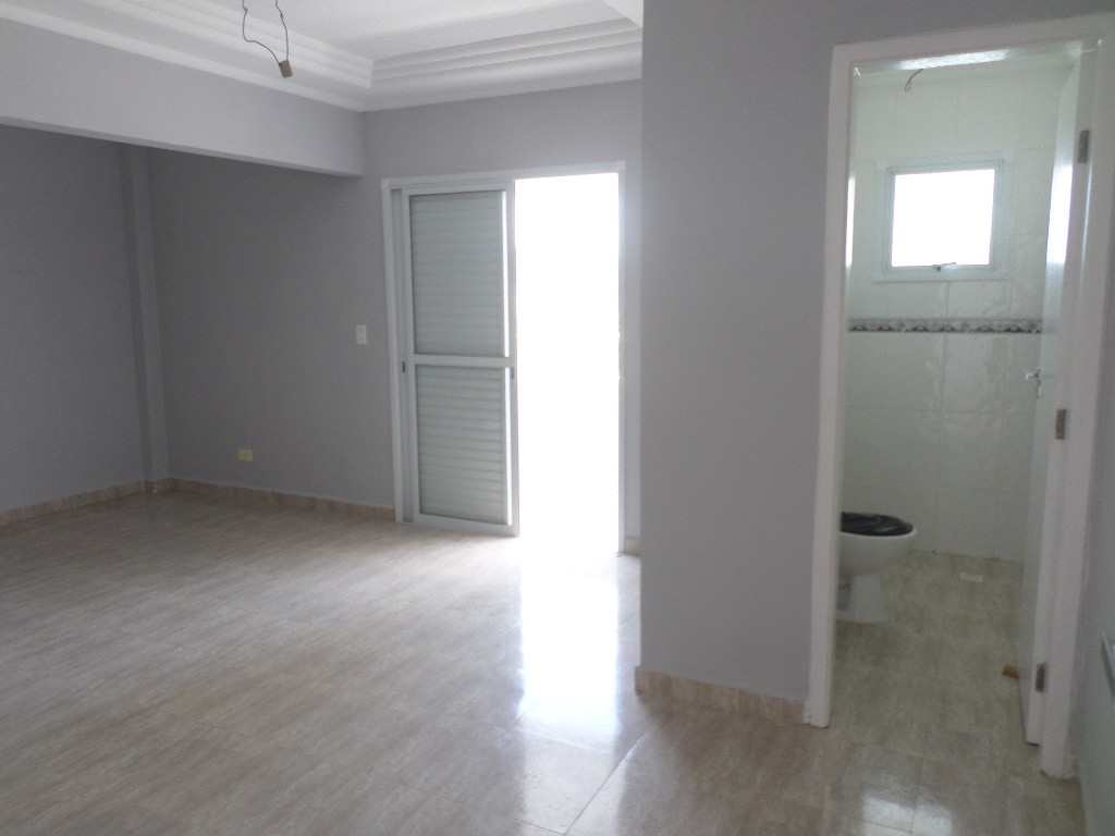 13-Cobertura- 05 dormitórios- Forte- Praia Grande