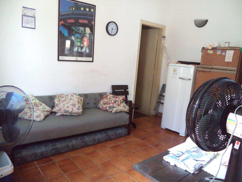 03- Apartamento- 02 dormitórios- Guilhermina- Praia Grande