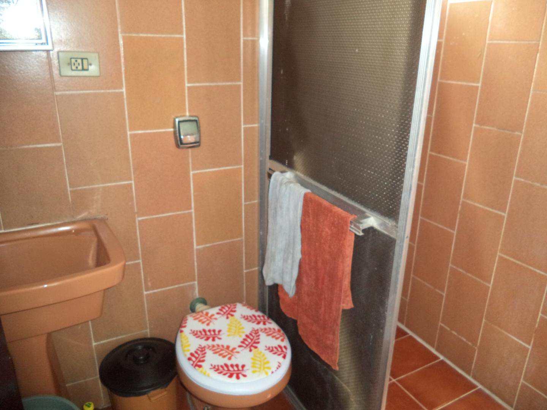 08- Apartamento- 02 dormitórios- Guilhermina- Praia Grande