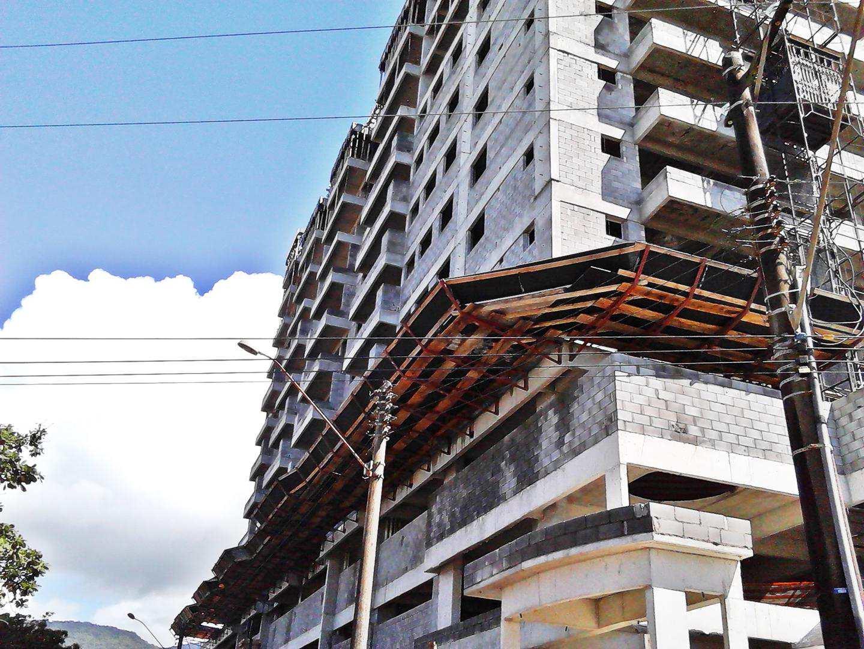23 - Apartamento - construção - Flórida