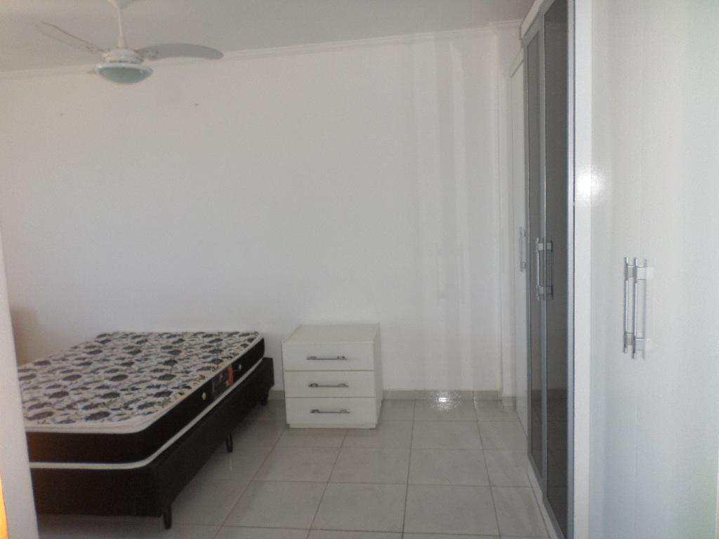 18- Apartamento- 02 dormitórios- Aviação- Praia Grande