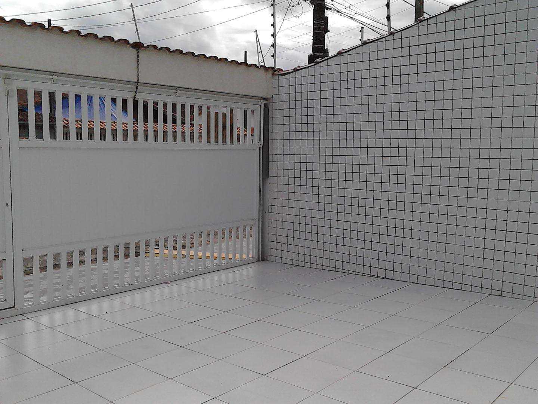 33 - Sobrado Troplex- 02 dormitórios - Pires