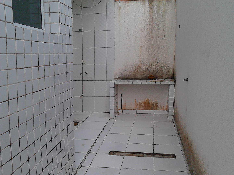 32 - Sobrado Troplex- 02 dormitórios - Pires